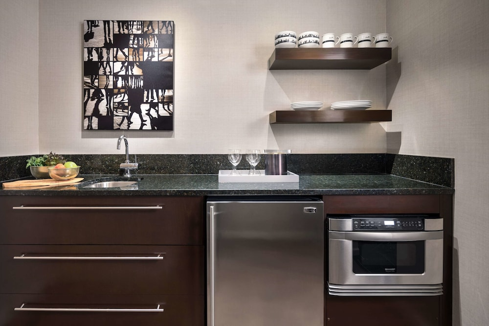 Private Kitchen, Shelburne Hotel & Suites by Affinia