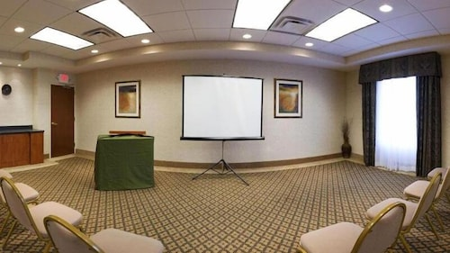Meeting Facility, Holiday Inn Express Hotel & Suites Lake Okeechobee