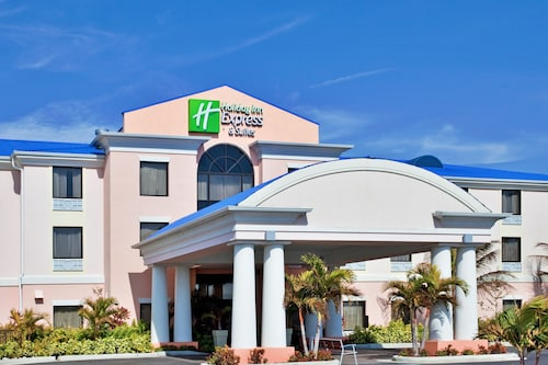 Great Place to stay Holiday Inn Express Hotel & Suites Lake Okeechobee near Okeechobee