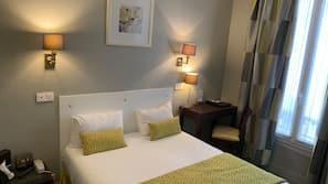 高級寢具、窗簾、熨斗/熨衫板、摺床/加床 (收費)