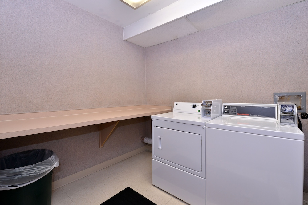 Laundry Room, Kelly Inn Billings Montana
