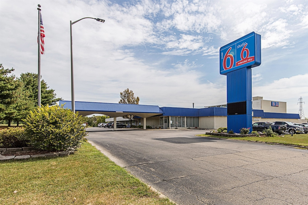 Featured Image, Motel 6 Pekin, IL