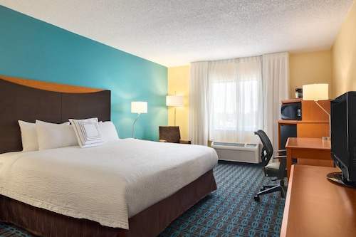 Check Expedia for Availability of Fairfield Inn & Suites Norman