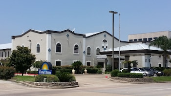 Days Inn & Suites Webster NASA-Clear Lake-Houston