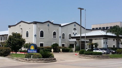 Great Place to stay Days Inn & Suites by Wyndham Webster NASA-ClearLake-Houston near Webster