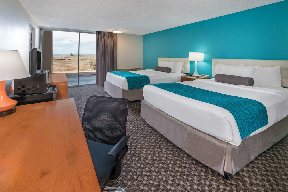 Room, Howard Johnson by Wyndham Albuquerque Midtown