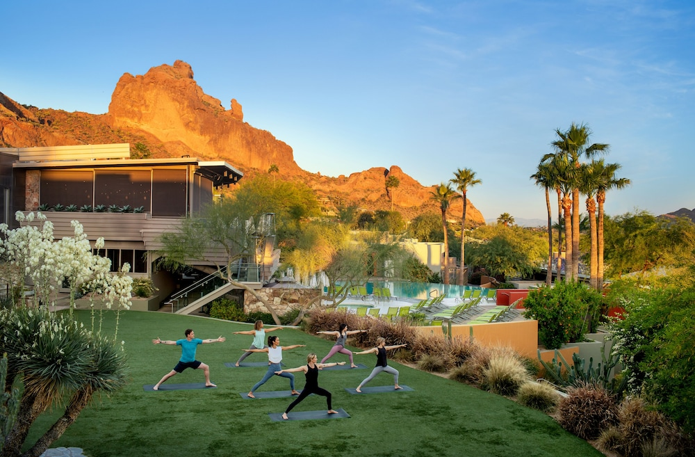 Yoga, Sanctuary on Camelback Mountain Resort and Spa