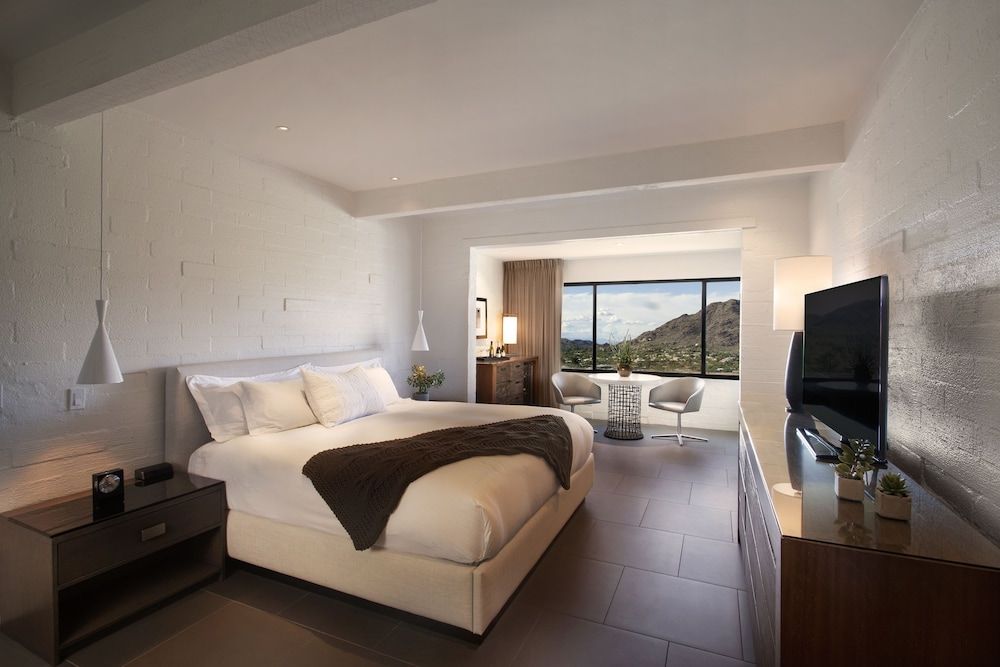 Room, Sanctuary on Camelback Mountain Resort and Spa