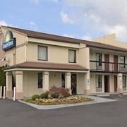 Days Inn Winston Salem North