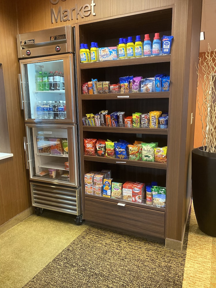Snack Bar, Fairfield Inn by Marriott Evansville West