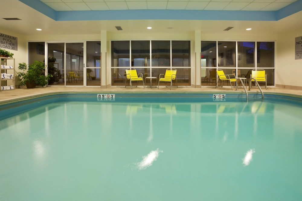 Pool, Fairfield Inn by Marriott Evansville West