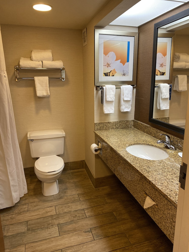 Bathroom, Fairfield Inn by Marriott Evansville West