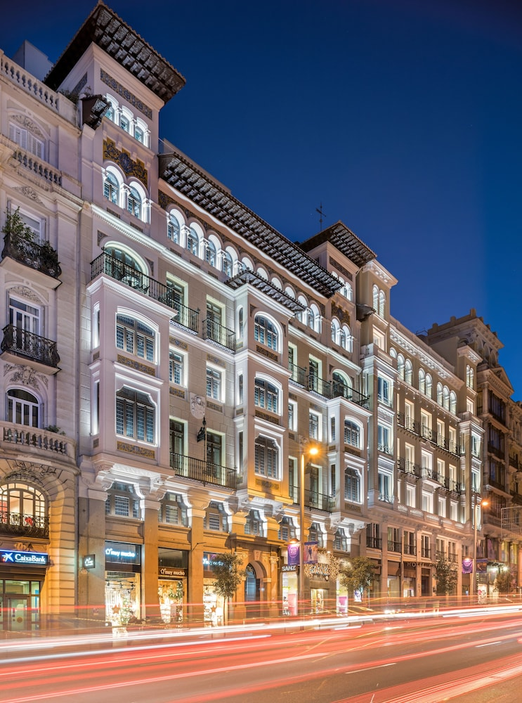 Book catalonia gran v a madrid hotel deals for Booking madrid hotel