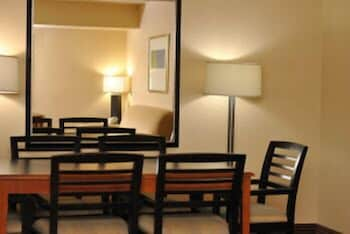 In-Room Dining, Atrium Hotel and Suites