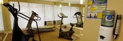 Fitness Facility, Atrium Hotel and Suites