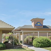 Days Inn by Wyndham Charlotte/Woodlawn Near Carowinds