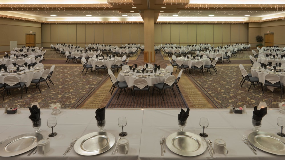 Banquet Hall, Holiday Inn Spearfish - Convention Center, an IHG Hotel