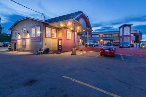 Canadas Best Value Inn Calgary Chinook Station