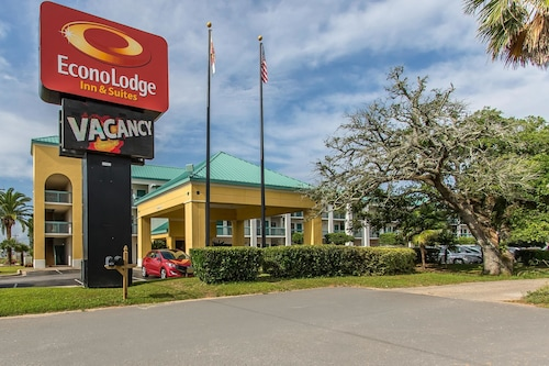 Great Place to stay Econo Lodge Inn & Suites Foley near Foley