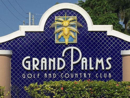 Great Place to stay Grand Palms Spa & Golf Resort near Pembroke Pines