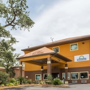 Days Inn by Wyndham Biloxi Beach