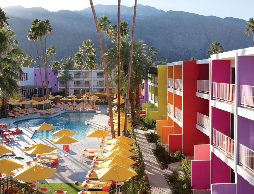 Outdoor Pool, The Saguaro Palm Springs