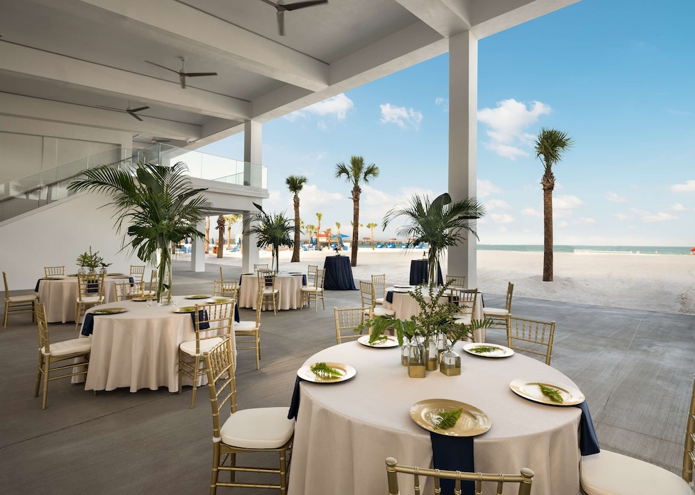 Restaurant, Hilton Clearwater Beach Resort & Spa