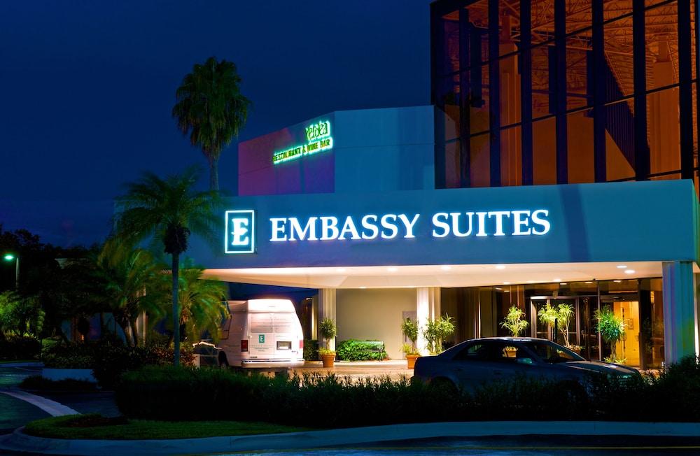 Embassy Suites Palm Beach Gardens Pga Boulevard In Palm