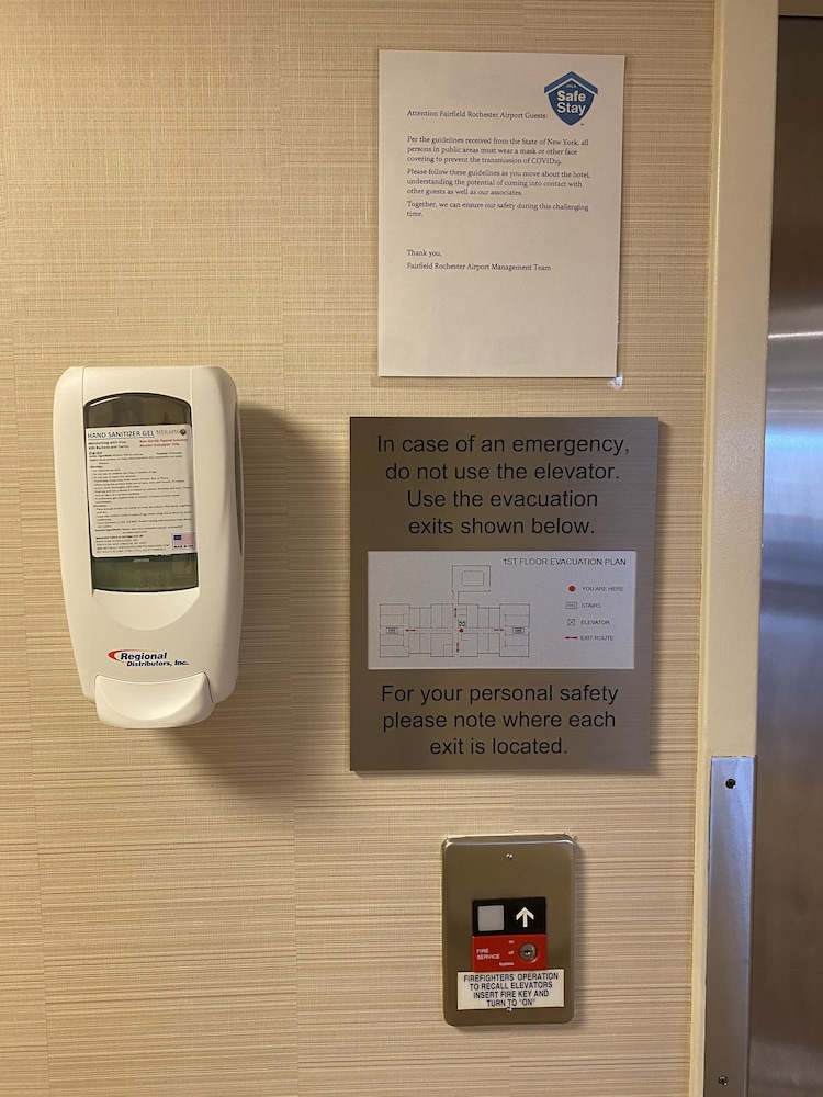 Elevator, Fairfield Inn Marriott Rochester Airport