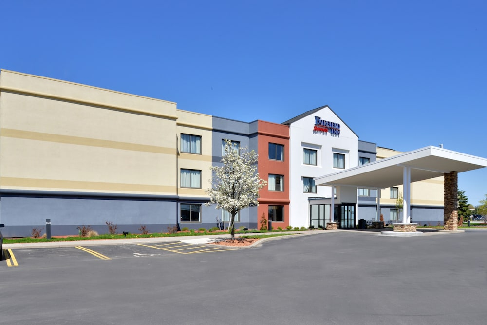 Front of Property, Fairfield Inn Marriott Rochester Airport