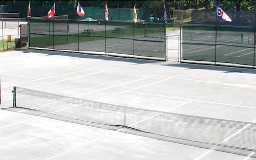 Tennis Court, Split Rock Resort