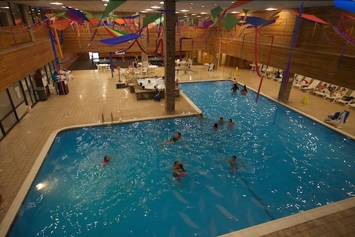 Indoor Pool, Split Rock Resort