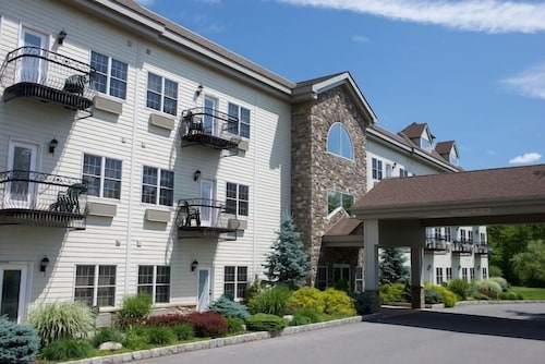Property Grounds, Split Rock Resort