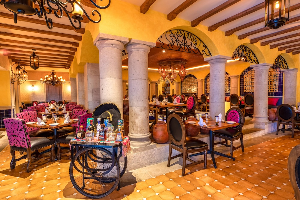 Restaurant, Panama Jack Resorts Cancun All Inclusive