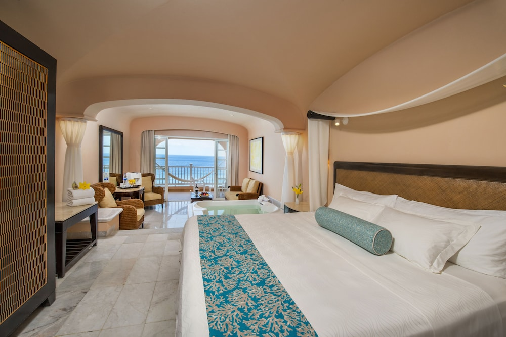 Room, Cozumel Palace All Inclusive