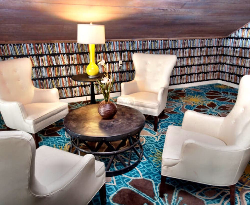 Library, Kona Kai Resort & Spa, A Noble House Resort