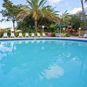 La Quinta Inn & Suites by Wyndham Ft Lauderdale Cypress Cr