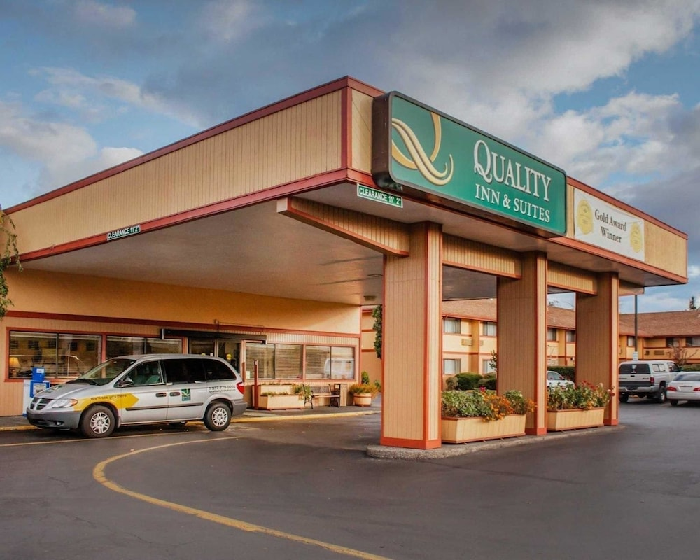 Featured Image, Quality Inn and Suites Airport