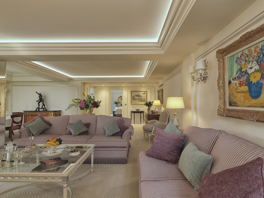 Room, The Ritz London