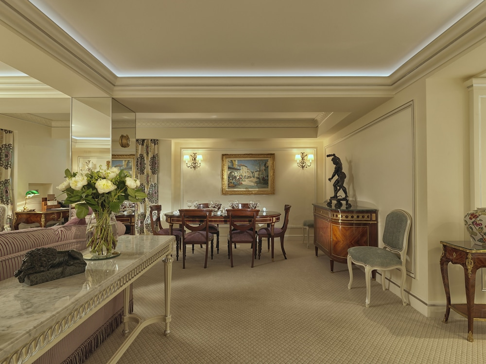 Living Area, The Ritz London