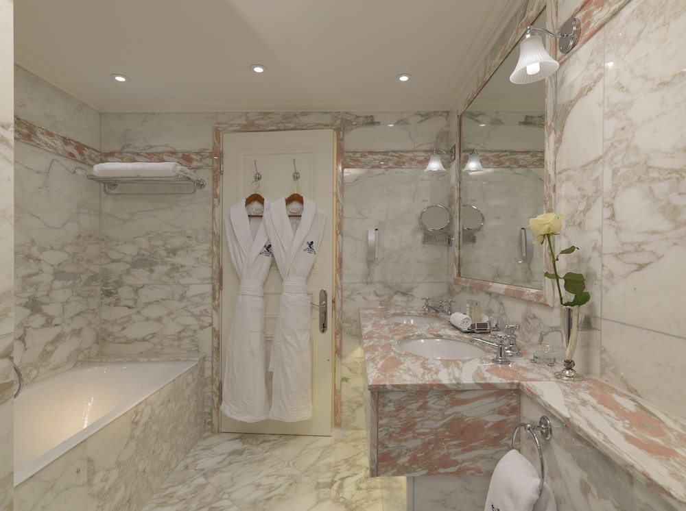 Bathroom, The Ritz London