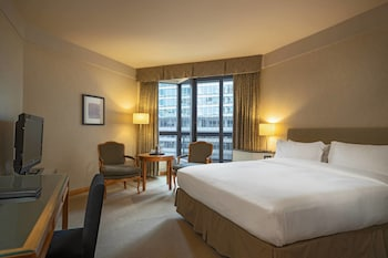 Metropolitan Hotel Vancouver Deals & Reviews (Vancouver, CAN