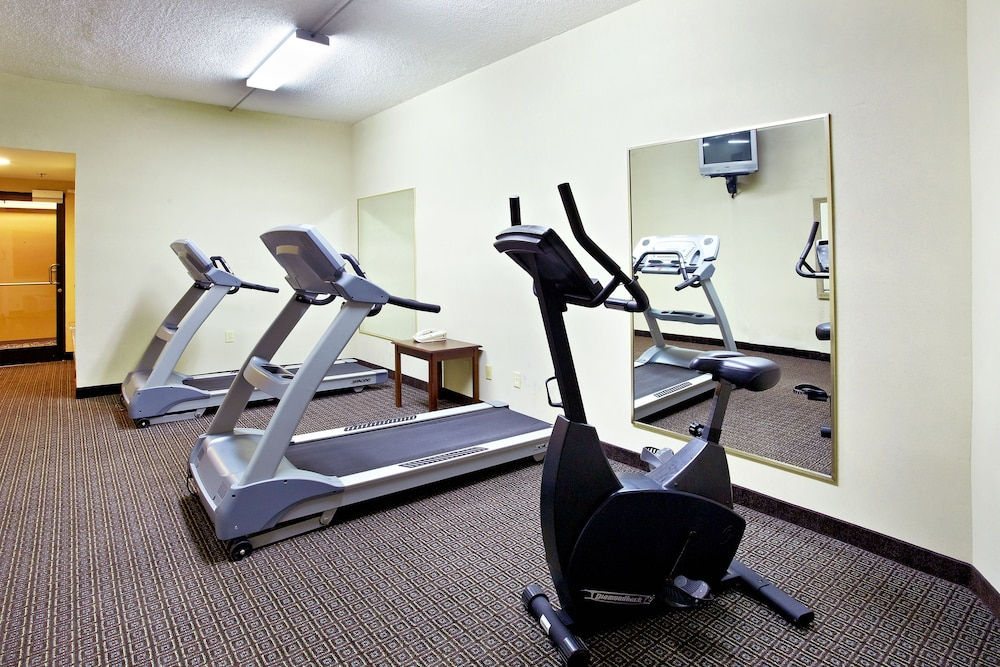 Fitness Facility, Holiday Inn Express Biloxi - Beach Blvd, an IHG Hotel