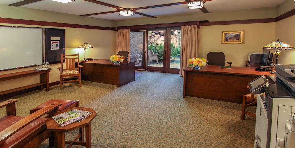 Business Center, The Lodge at Torrey Pines