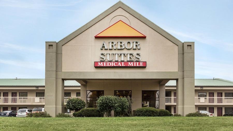 Arbor Suites Medical Mile