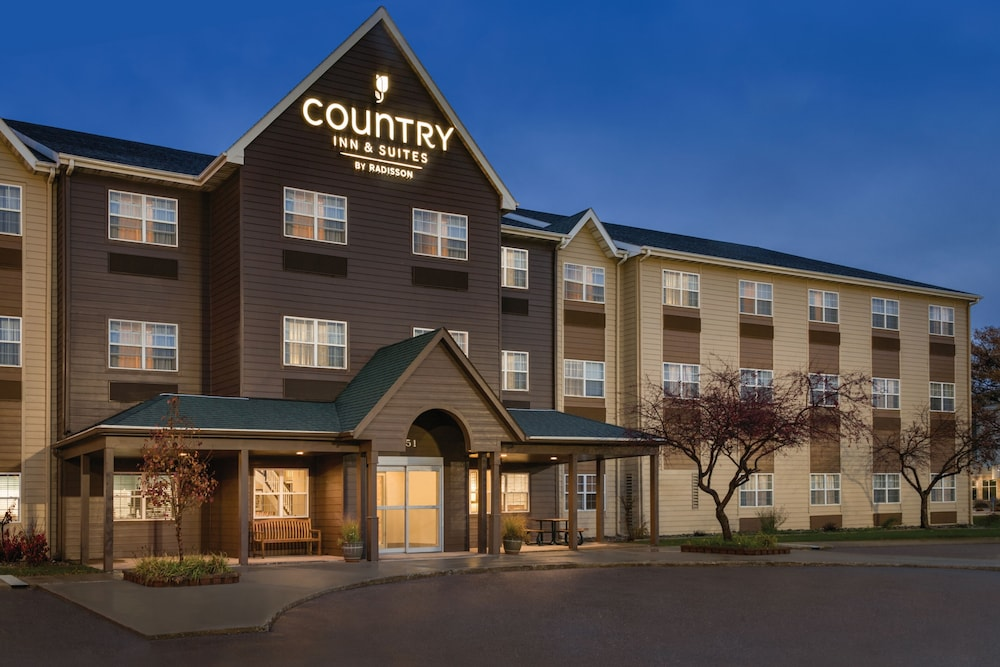Featured Image, Country Inn & Suites by Radisson, Dakota Dunes, SD