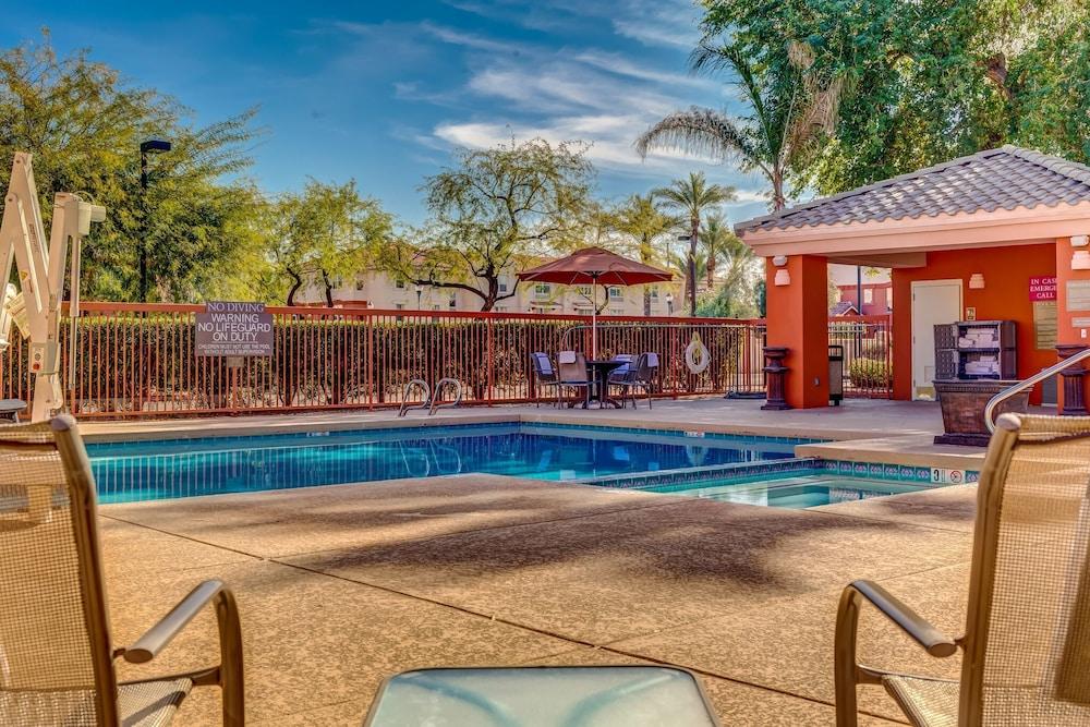 Scottsdale Suites on Shea in Phoenix, AZ   Expedia