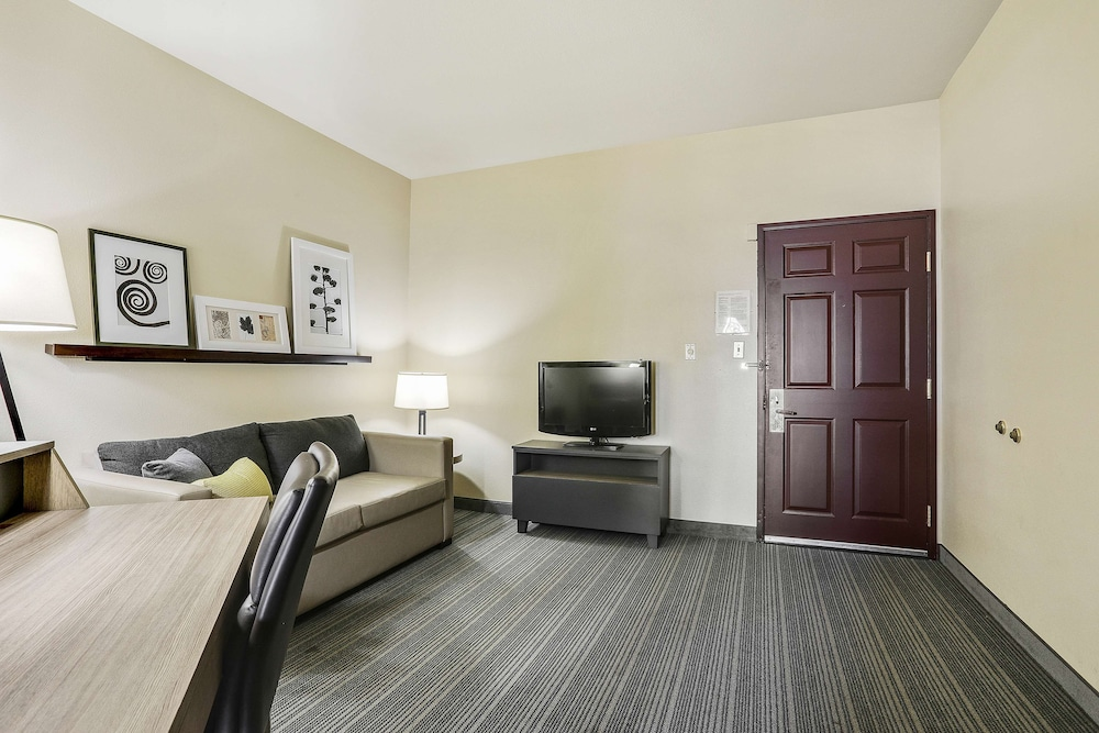 Room, Country Inn & Suites by Radisson, Green Bay, WI