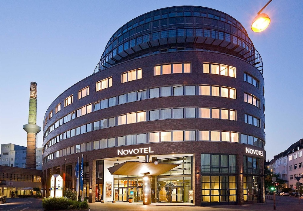 Novotel hannover in hannover hotel rates reviews in orbitz for Hannover hotel