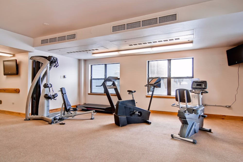 Fitness Facility, River Mountain Lodge